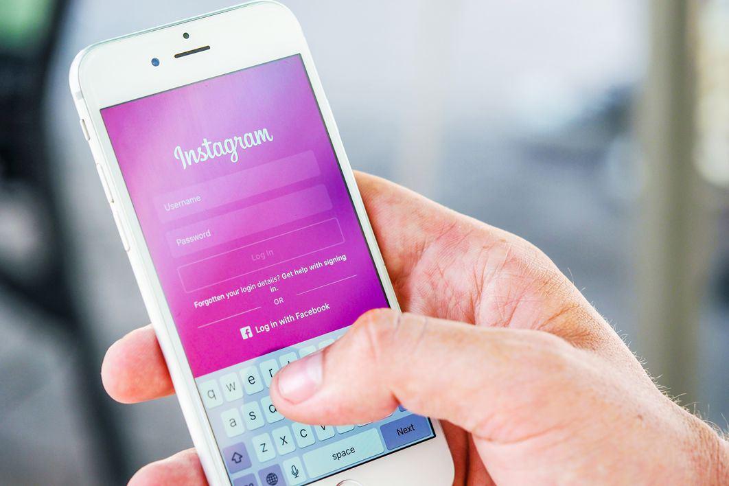 Por que é necessário comparar as ofertas de celular antes de colocá-lo na sua mão